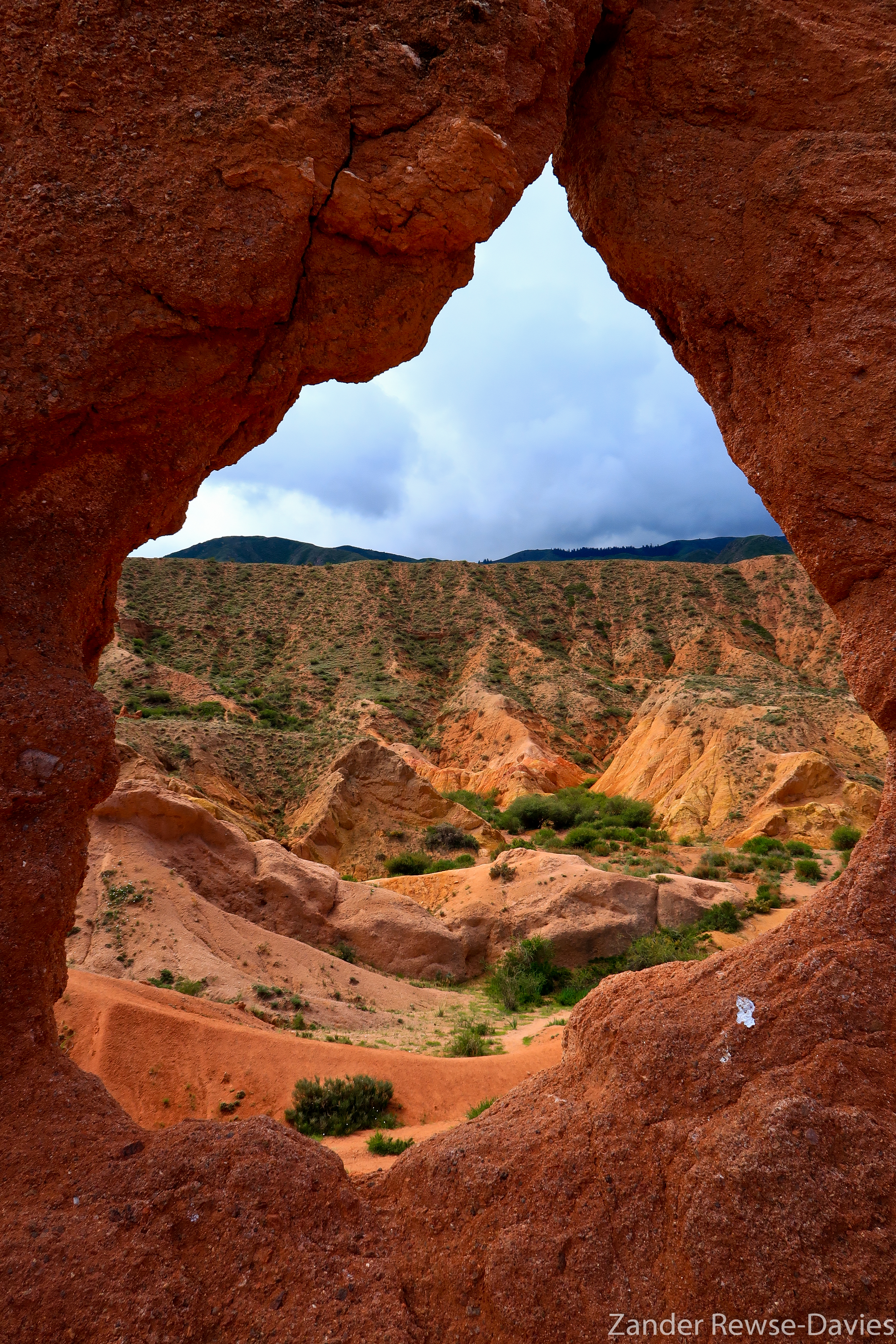 Rock window on the spine of Fairytale Canyon